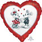 18:Mickey & Minnie Love